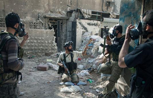 pour - Attention: Possible attaque sous fausse bannière (OTAN-FSA) en Syrie - Page 2 34171110