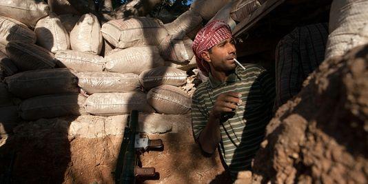 pour - Attention: Possible attaque sous fausse bannière (OTAN-FSA) en Syrie - Page 2 34347210