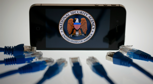 pour - L'administration Obama est en train de collecter les données téléphoniques de dizaines de millions d'Américains Nsa11