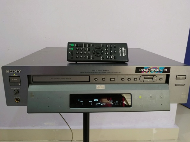 Sony DVP-S7000 Flagship DVD CD Player and Standalone Transport with Remote 20180135