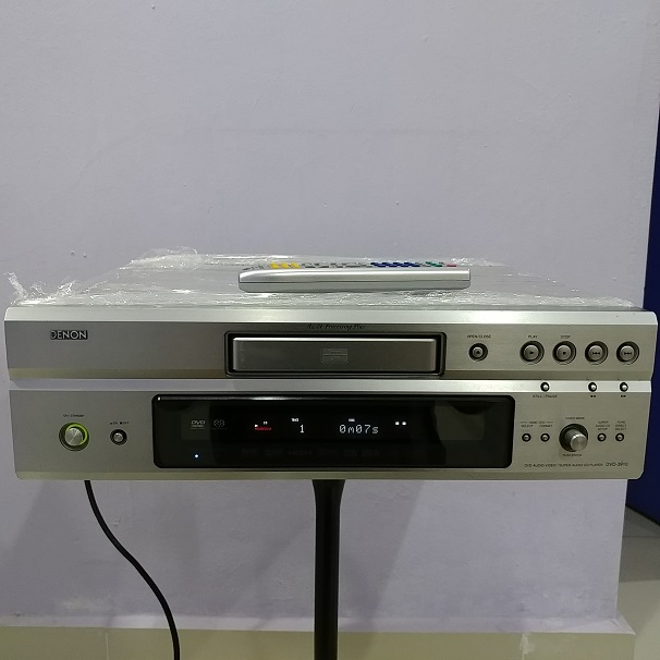 Denon DVD-3910 Universal SACD CD Player with Remote 20180660
