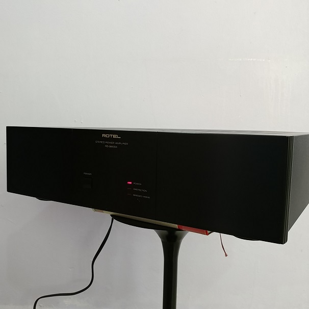 Rotel RB-980BX 120 Watts Stereo Power Amplifier 20180747