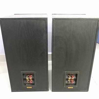 KEF Q60 Dual Concentric Design Stereo Bookshelf Speakers  20180825