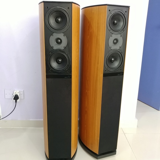 Jamo 7.7 Denmark Made Top of the line floorstanding speaker 20190329