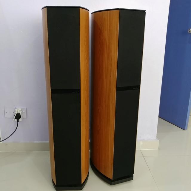 Jamo 7.7 Denmark Made Top of the line floorstanding speaker 20190332