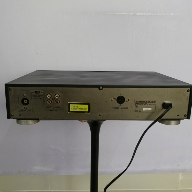 Sony CDP-307ESD CD player with TDA-1541A DAC andremote  20190622