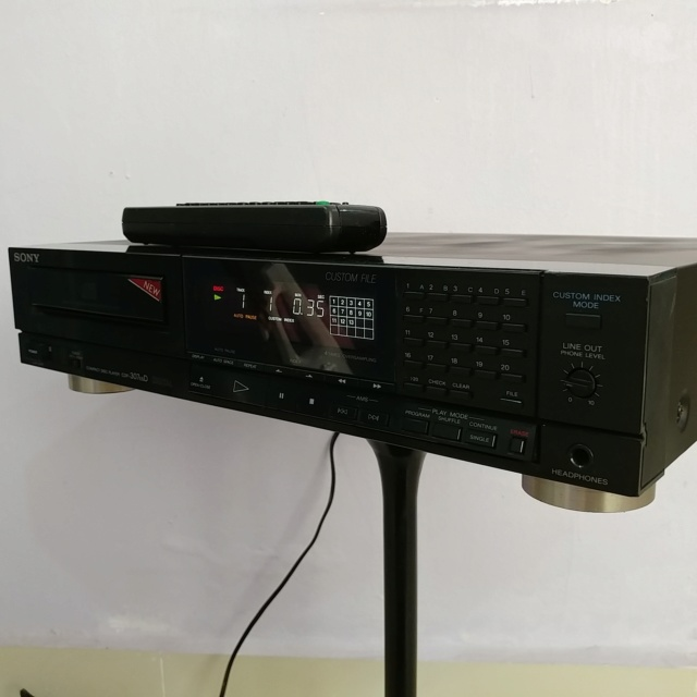 Sony CDP-307ESD CD player with TDA-1541A DAC andremote  20190623