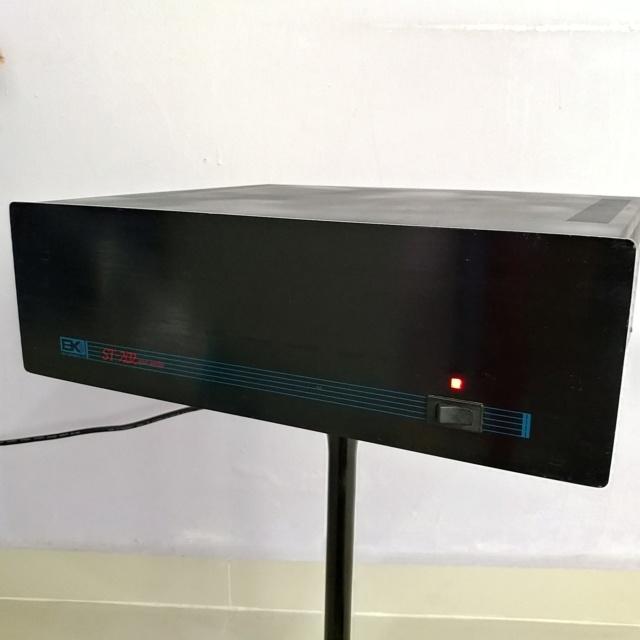 B&K Component ST-202 Stereo XLR input Power Amplifier 200watts per channel 20190645
