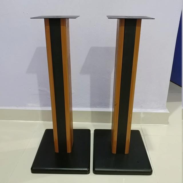 Bookshelf Speaker wood steel stand 24 inch height 20190710