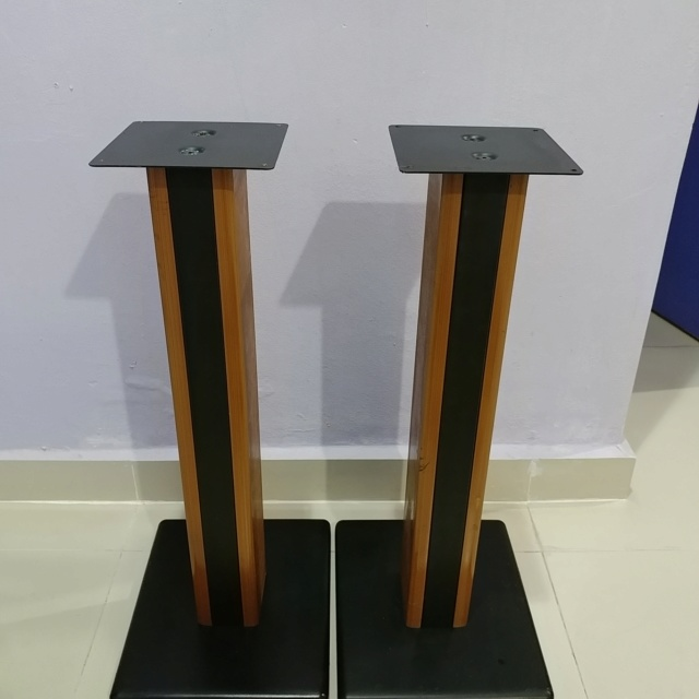 Bookshelf Speaker wood steel stand 24 inch height 20190712