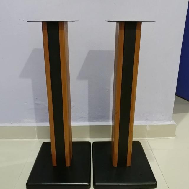 Bookshelf Speaker wood steel stand 24 inch height 20190713