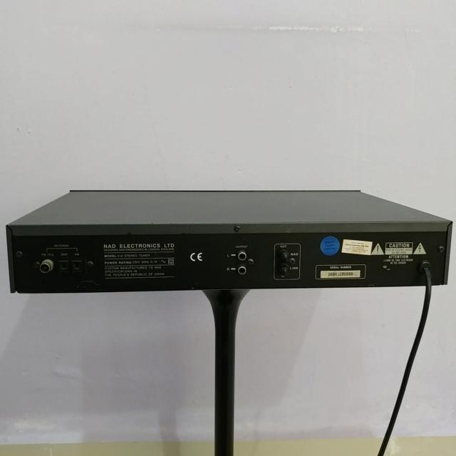 NAD 412 Stereo FM Tuner Radio Digital  20190728