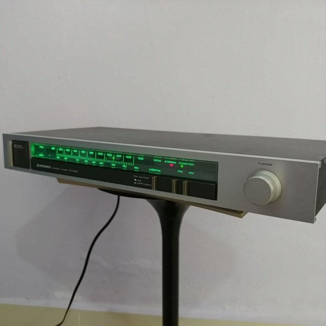 Pioneer vintage Analog FM Tuner TX-540 20190916