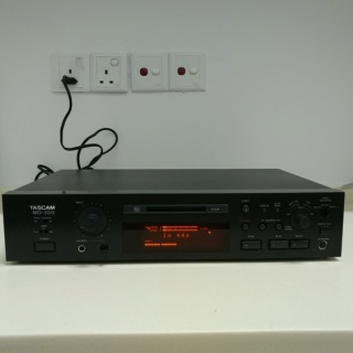 Tascam Studio Professional MiniDisc Player Recorder and DAC MD-350 20191110