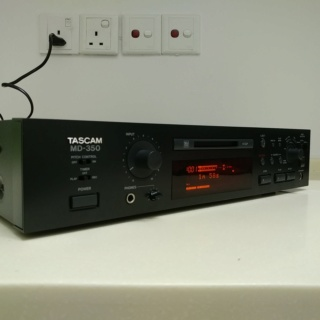 Tascam Studio Professional MiniDisc Player Recorder and DAC MD-350 20191111