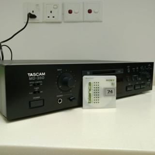 Tascam Studio Professional MiniDisc Player Recorder and DAC MD-350 20191113