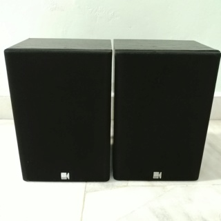 KEF C15 England Made stereo bookshelf speaker 20200116