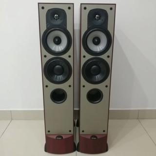 Paradigm Monitor 7 V3 Stereo Canada made floorstanding speaker 20200340