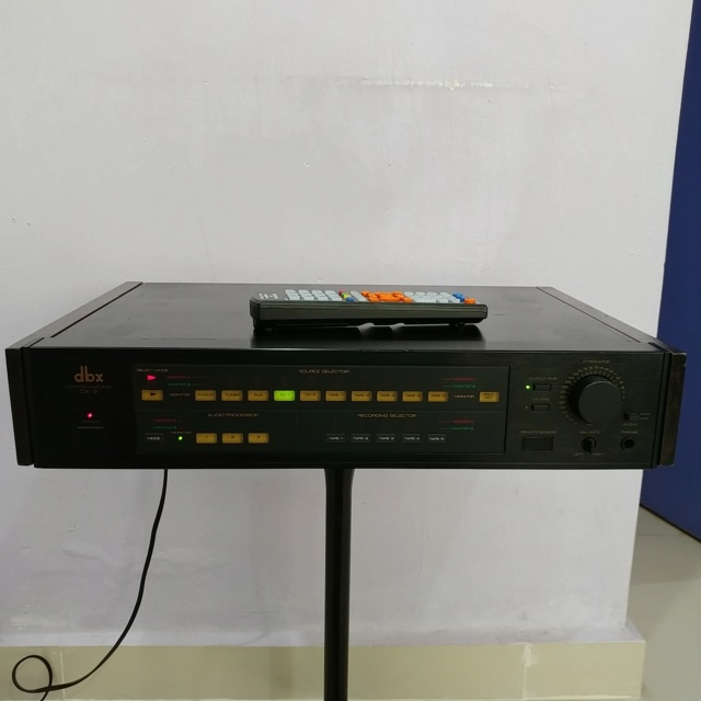DBX CX-2 Stereo Preamplifier with Remote and MM MC phono input 20200510