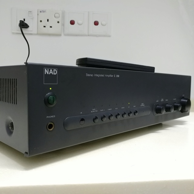 NAD C-350 Stereo Integrated Amplifier with Remote 20200732