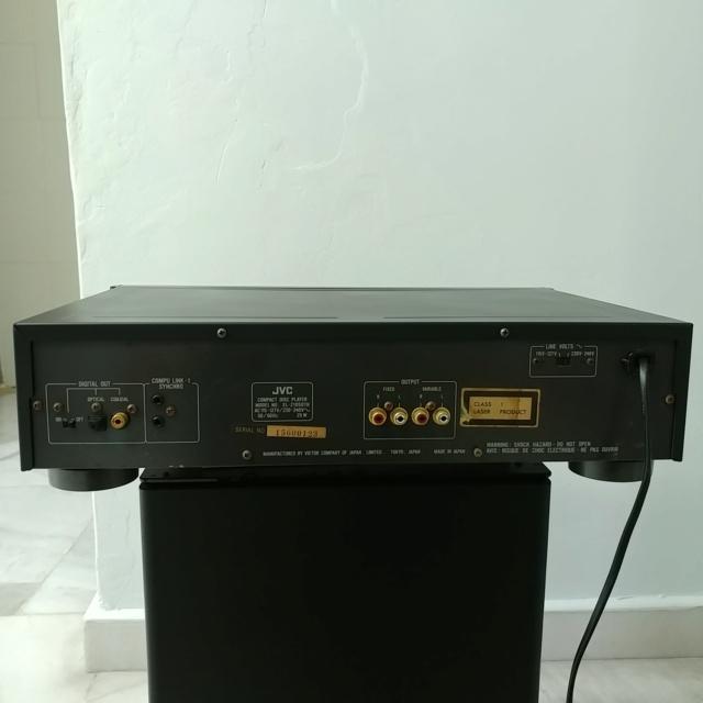 JVC XL-Z1050 Stereo Japan K2 CD Player with remote 20210457