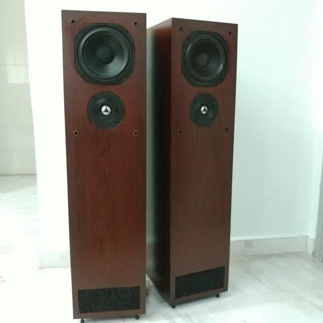 Castle CHESTER British Made stereo floorstanding speakers 20210811