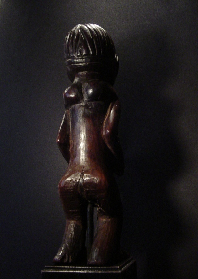 Chokwe people, Female Statue, Shinji Figure, Uruunda Region (Lower Congo/Angola) Chokwe22