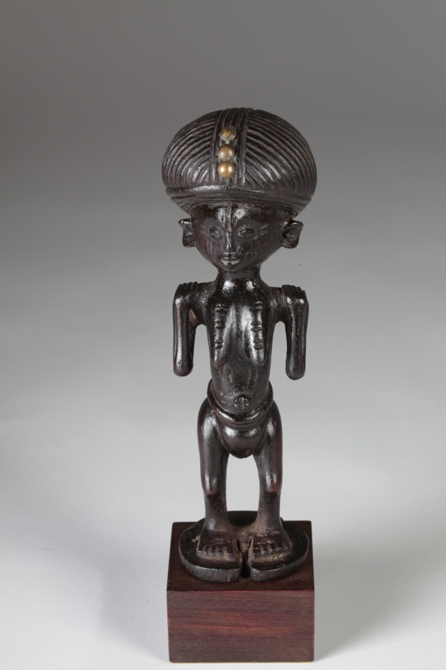 Chokwe people, Female Statue, Shinji Figure, Uruunda Region (Lower Congo/Angola) Img_0010