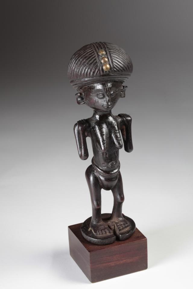 Chokwe people, Female Statue, Shinji Figure, Uruunda Region (Lower Congo/Angola) Img_0012