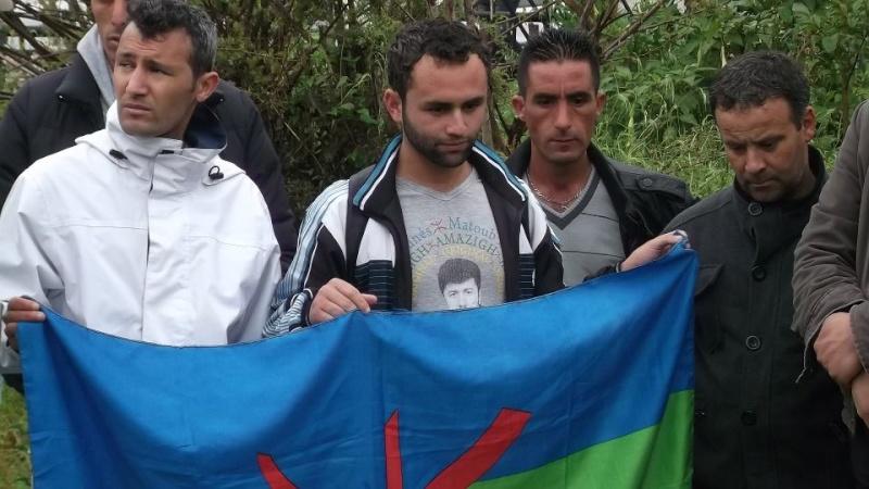 Recueillement sur la tombe de Saidi Akli le 29 avril 2013  110