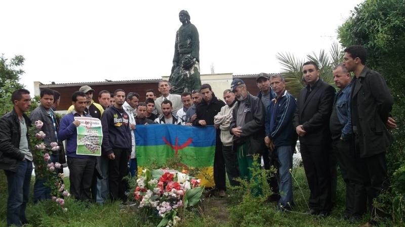 Recueillement sur la tombe de Saidi Akli le 29 avril 2013  114