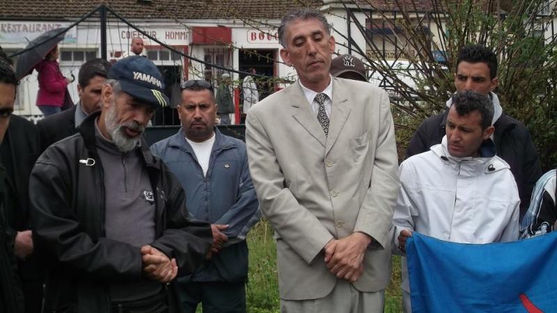 Recueillement sur la tombe de Saidi Akli le 29 avril 2013  122