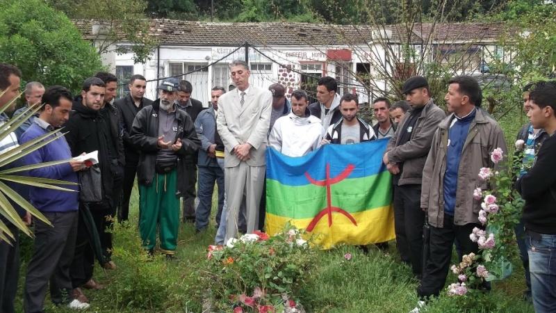Recueillement sur la tombe de Saidi Akli le 29 avril 2013  125