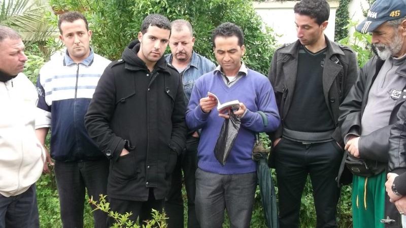 Recueillement sur la tombe de Saidi Akli le 29 avril 2013  129