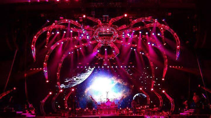 Monster tour Europe  97101210