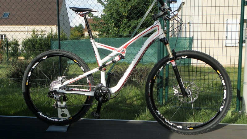 Specialized Camber Comp 29 2013 - Du neuf en page 9 Sam_4417