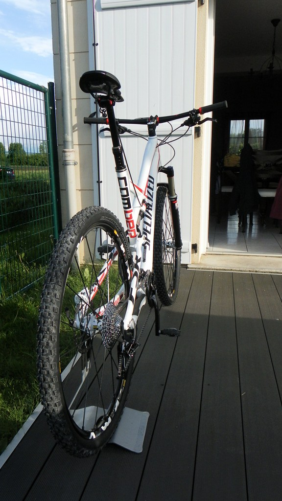 Specialized Camber Comp 29 2013 - Du neuf en page 9 Sam_4418