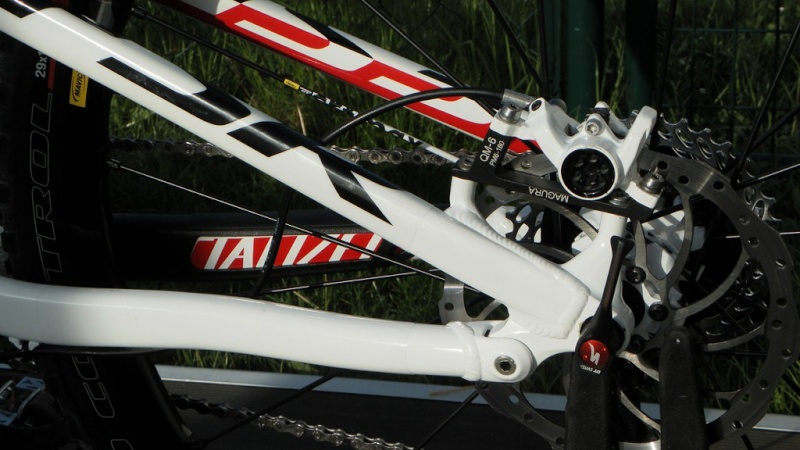 Specialized Camber Comp 29 2013 - Du neuf en page 9 Sam_4421