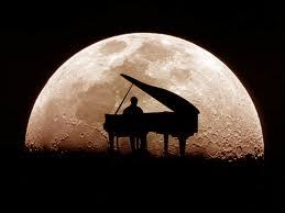 سوناته للبيانو رقم 14 شبه فنتازيا (ضوء القمر) من مقام دو دييز صغير مصنف رقم 27 اشهر اعمال بيتهوفن Awe10