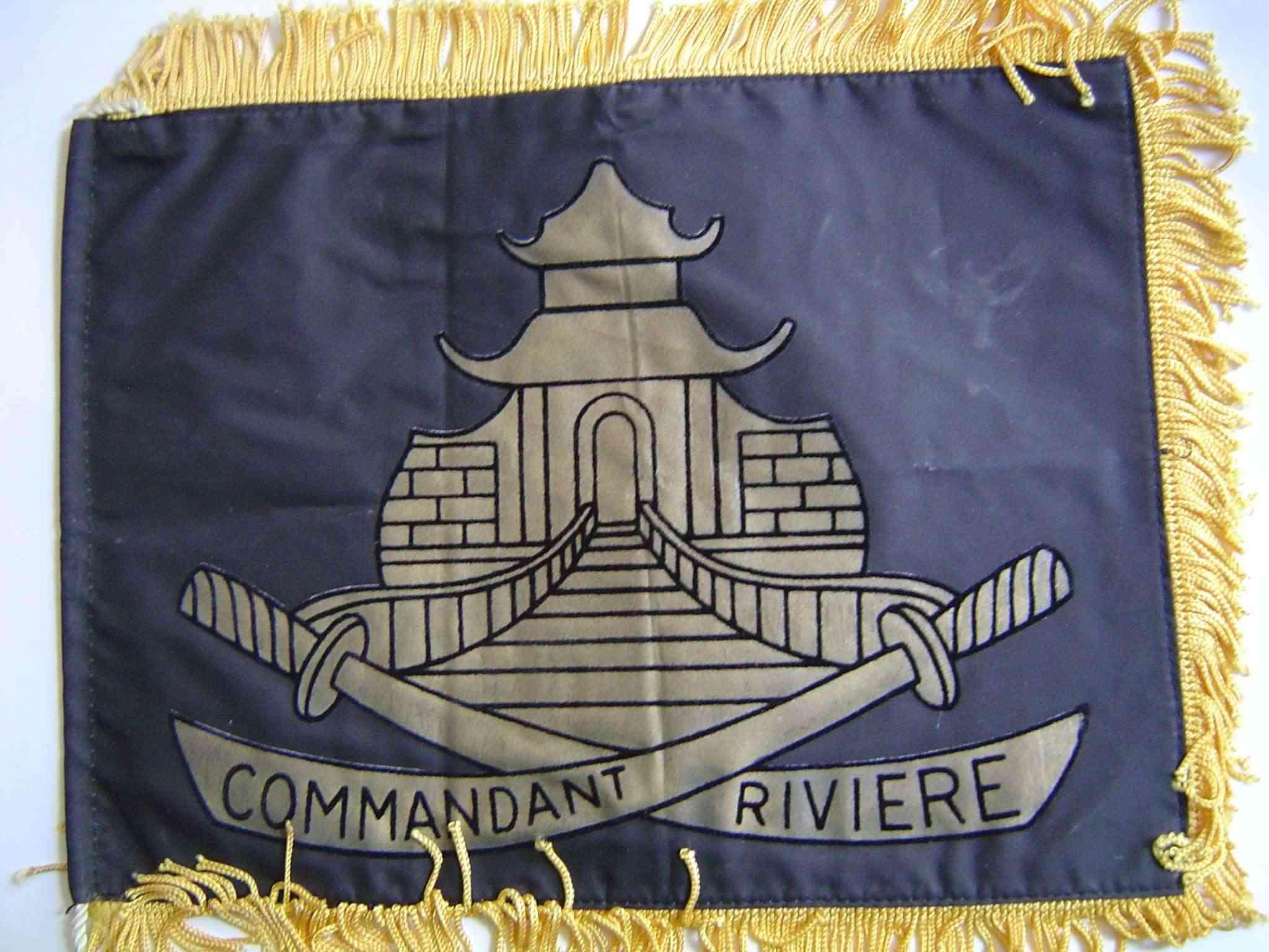 COMMANDANT RIVIERE (AE) - Tome 2 - Page 10 Dsc00011