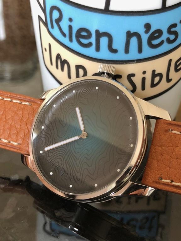 AWAKE, la marque de montre engagée - Page 13 Img_4010