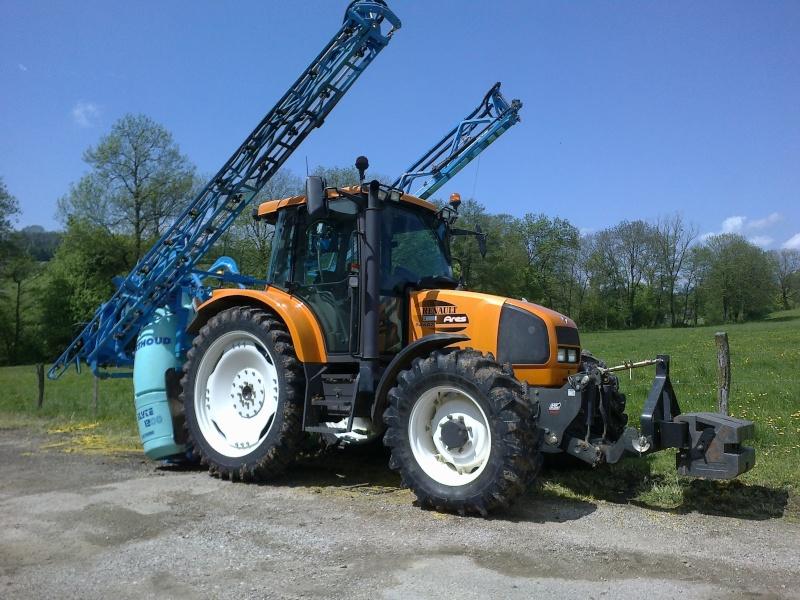 Concours du tracteur le plus cradingue - Page 6 28-05-16