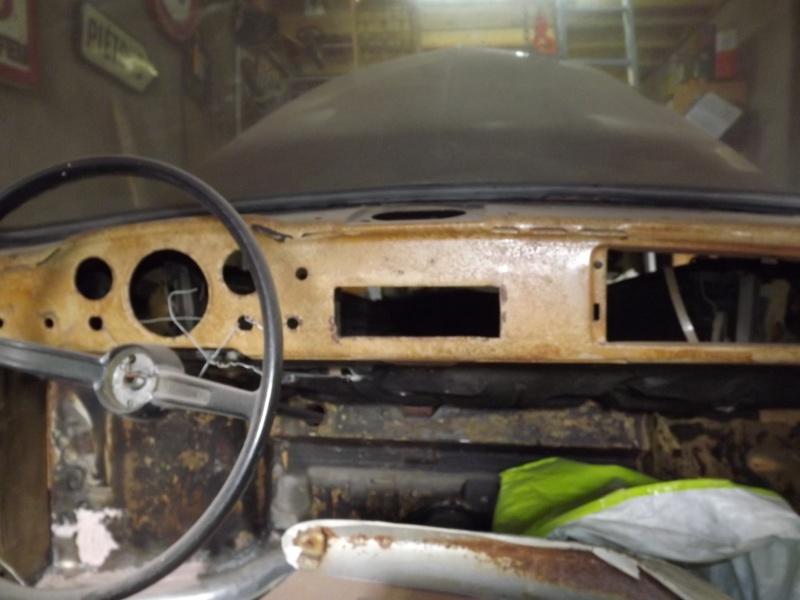 Un petit Karmann Ghia de 1970  - Page 9 Dscf5527