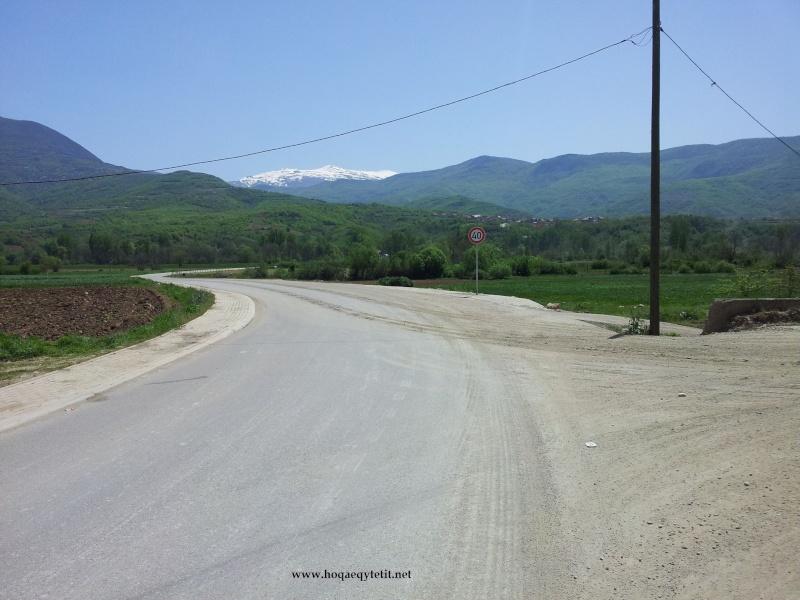 Rrugët e fshatit etj. (Prill 2013) 47699510