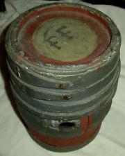 GUNPOWDER CANS M8gx6d10