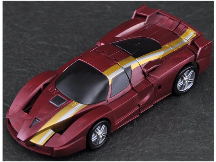 Votre voiture actuel ou de rêve! | Vos Photos de véhicules Transformers prisent dans la rue | Idées de Véhicules qui feraient de bon mode alternatif TF - Page 5 Fpj10010