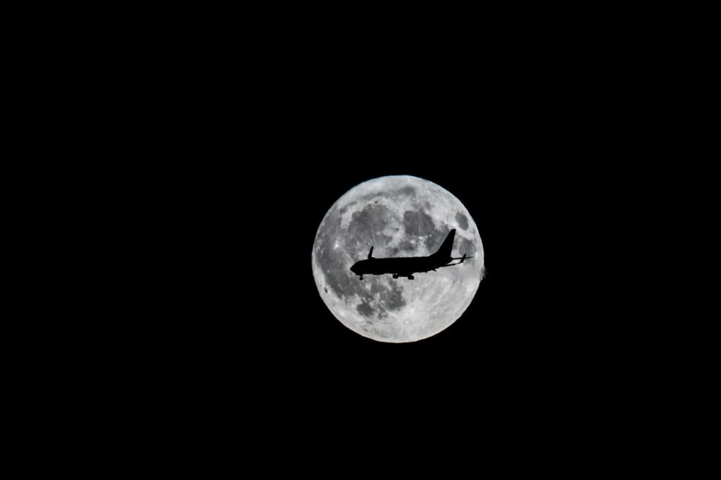 Alignement parfait Moon10