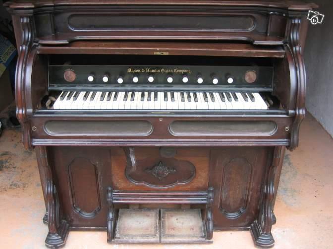 Un reed organ à donner Mason_10