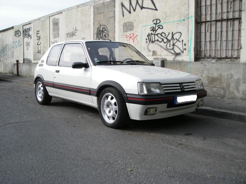 [eric91] 205 GTI 1.9 Blanc Meije 89 Dehors10