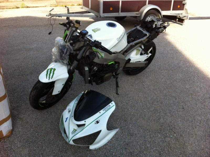 Ma 1ère Moto Piste. Zx6R-99 EN mode préparation Img_0813